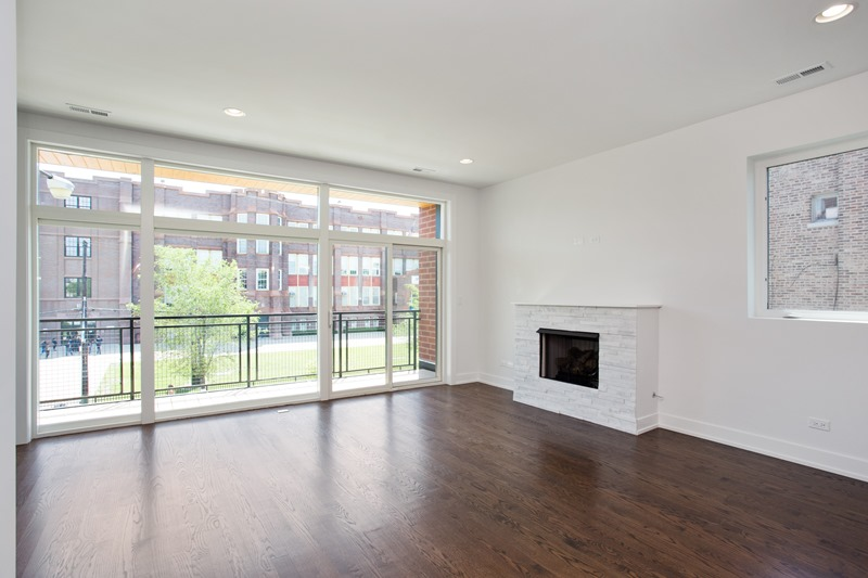 Humboldt Park - 1732 North California Avenue Unit 2 - Chicago, IL 60647 - Living Room