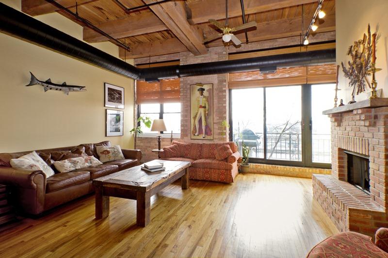 West Loop - 1250 West Van Buren Street Unit 215, Chicago, IL 60607 - Living Room