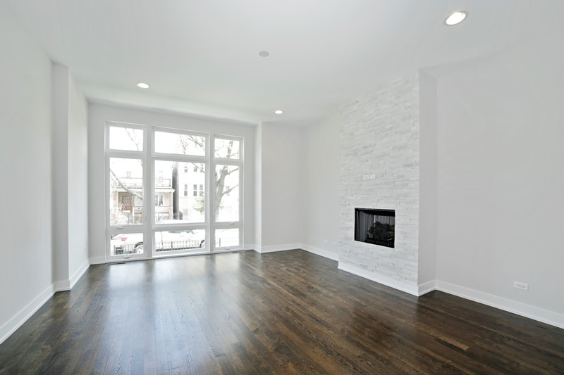 Humboldt Park - 1632 North Richmond Street, Chicago, IL 60647 - Living Room