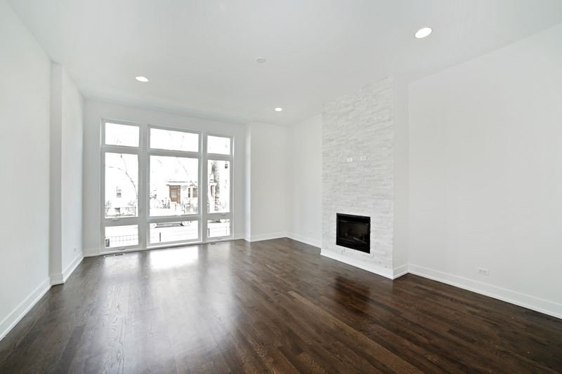 Humboldt Park - 1634 North Richmond Street, Chicago, IL 60647 - Living Room