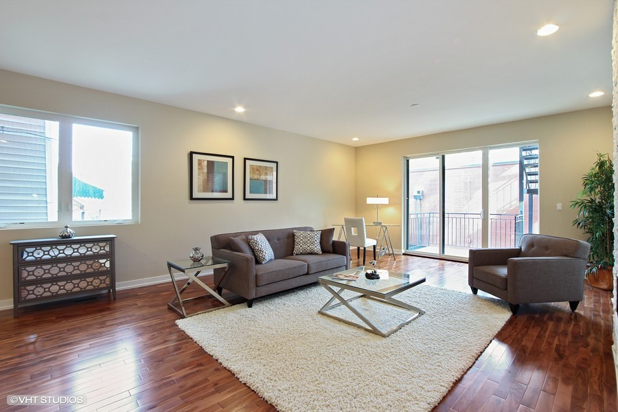 Humboldt Park - 1623 North Washtenaw Unit 1, Chicago, IL 60646 - Living Room
