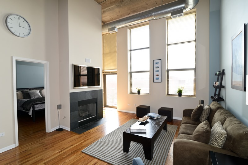 River North - 758 North Larrabee Street Unit 509, Chicago, IL 60654 - Living Room
