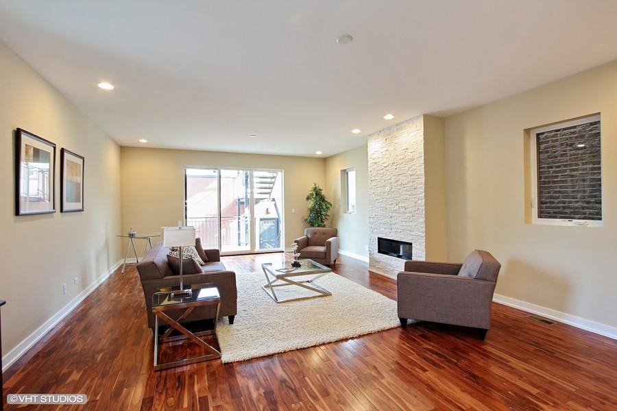 Humboldt Park - 1623 North Washtenaw Unit 1, Chicago, IL 60646 - Living Room