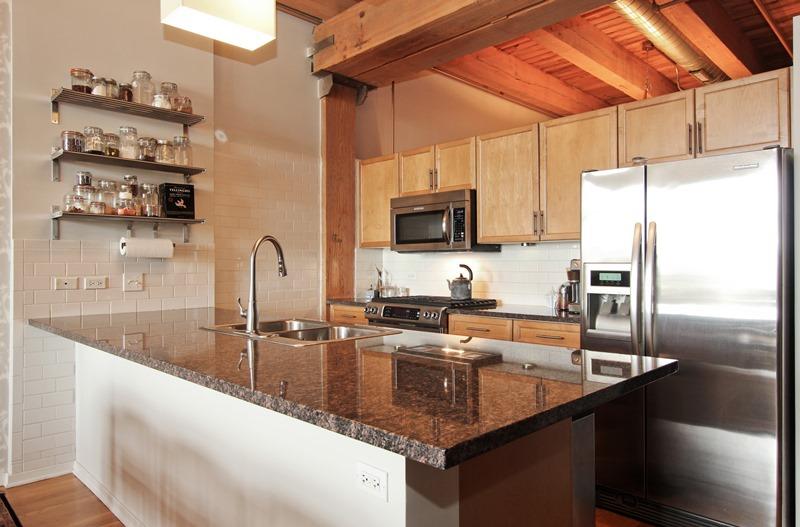 West Loop - 333 South Des Plaines Street Unit 409, Chicago, IL 60661 - Kitchen