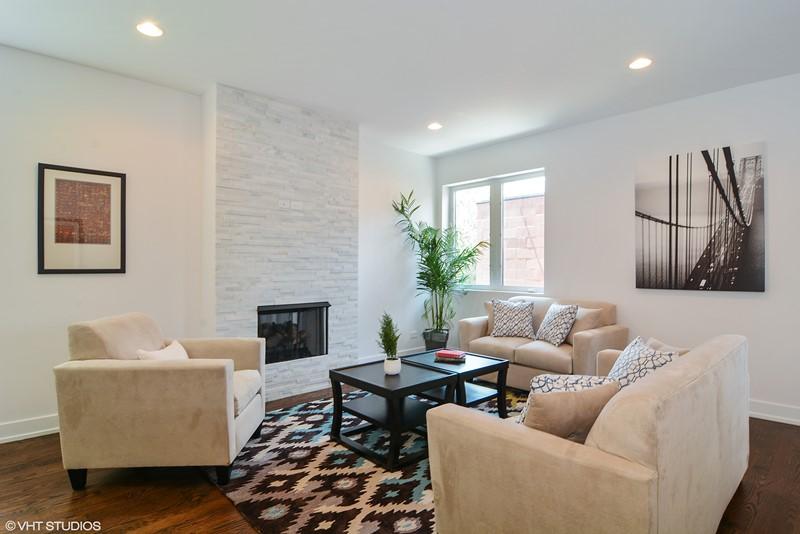 Humboldt Park - 1732 North California Avenue Unit 1 - Chicago, IL 60647 - Family Room