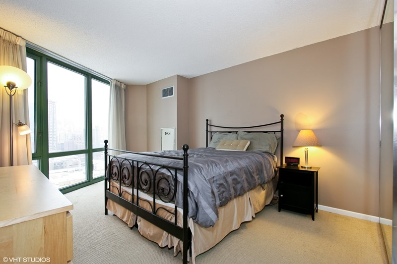 Gold Coast - 111 West Maple Street Unit 1204, Chicago, IL 60610 - Master Bedroom