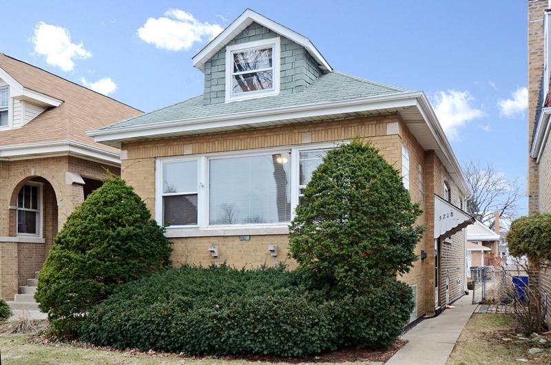 Jefferson Park - 5718 North Leonard Avenue, Chicago, IL 60646 - Front View