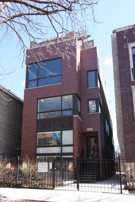 East Village - 933 North Winchester Avenue Unit 2, Chicago, IL 60622 - Front View