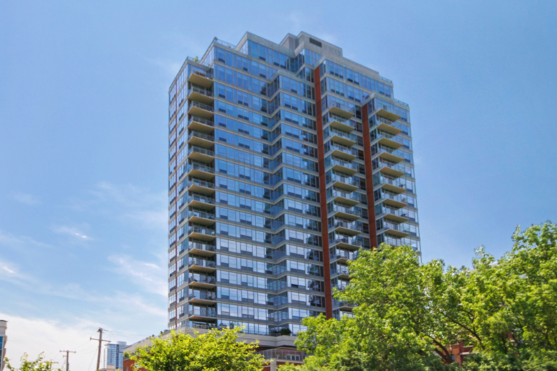 Prairie District - 1600 South Prairie Avenue Unit 2202, Chicago, IL 60616 - Front View