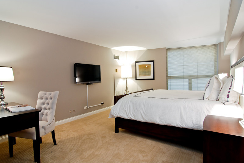 Mag Mile - 110 East Delaware Place, Chicago, IL 60611 - Master Bedroom