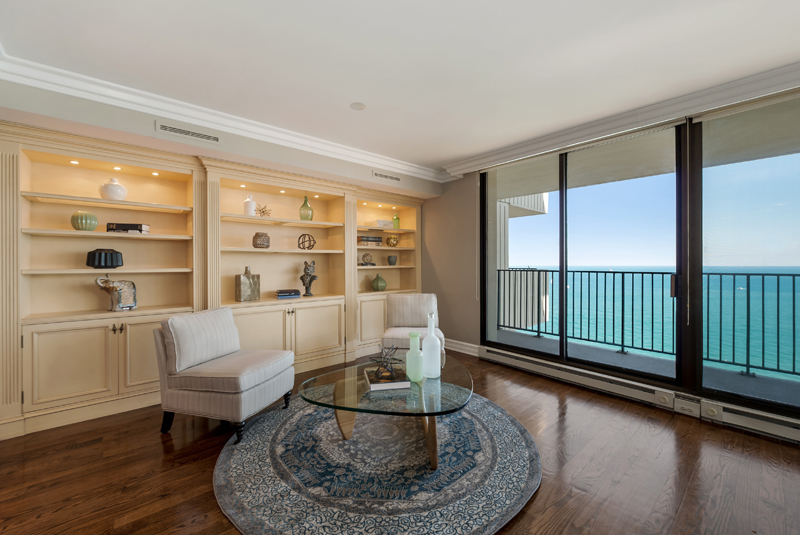 Gold Coast - 1212 North Lake Shore Drive, Chicago, IL 60610 - Living Room