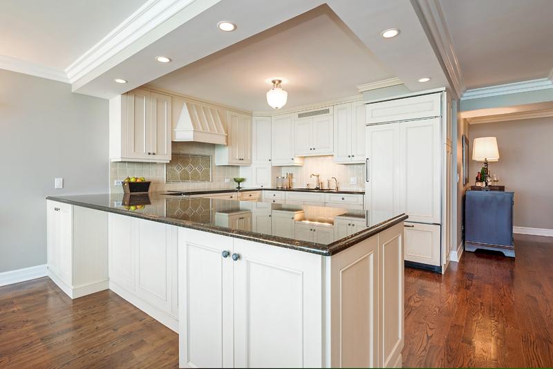 Gold Coast - 1212 North Lake Shore Drive, Chicago, IL 60610 - Kitchen