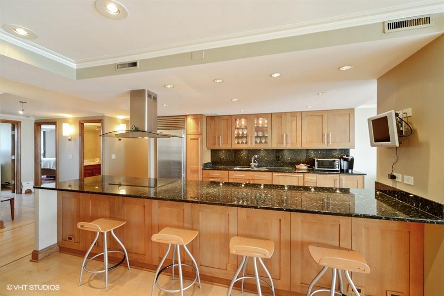 Gold Coast - 1212 North Lake Shore Drive Unit 33AS, Chicago, IL 60610 - Kitchen