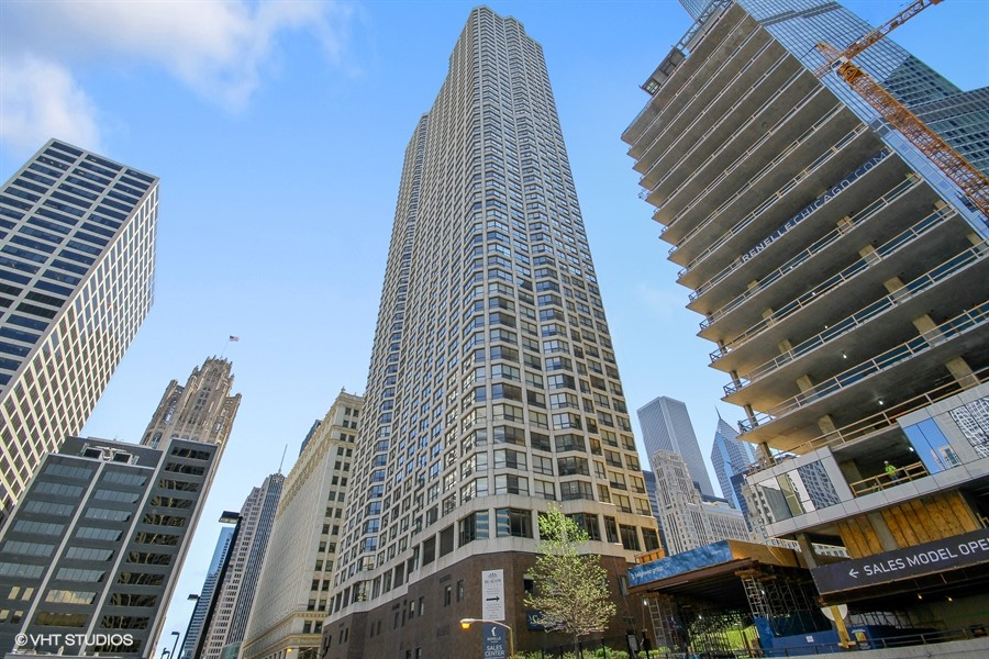 Streeterville - 405 North Wabash Avenue Unit 3703, Chicago, IL 60611 - Front View