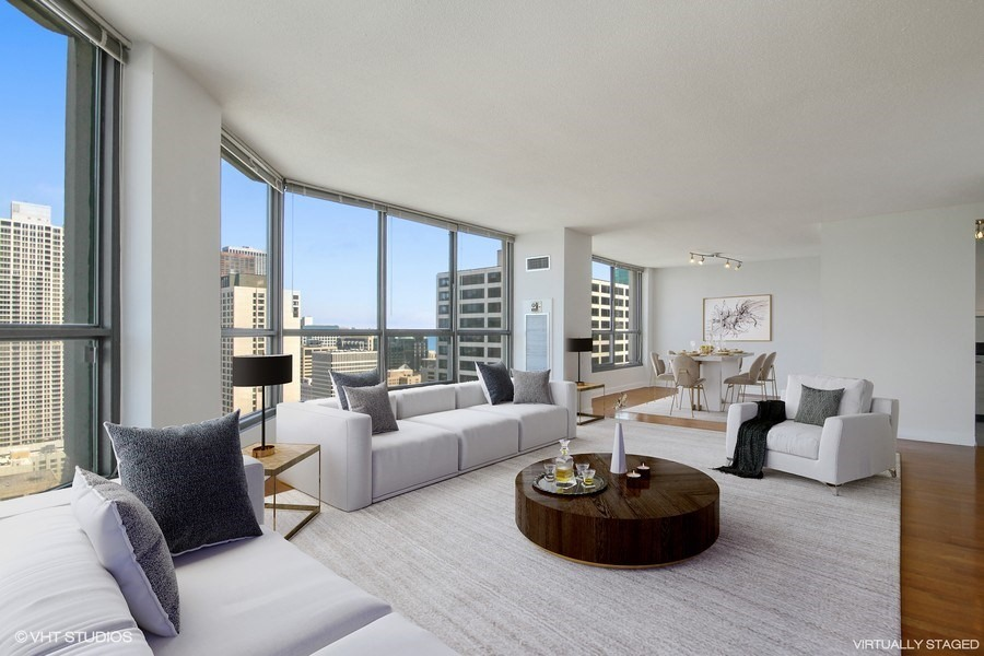 Streeterville - 405 North Wabash Avenue Unit 3703, Chicago, IL 60611 - Living Room