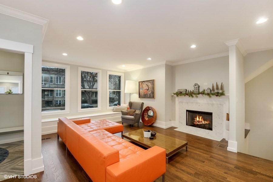 Bucktown - 1841 West Addison Street, Chicago, IL 60613 - Living Room