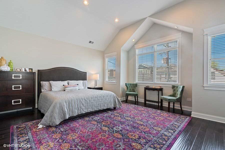 Lincoln Square - 2420 West Carmen Avenue, Chicago, IL 60625 - Master Bedroom