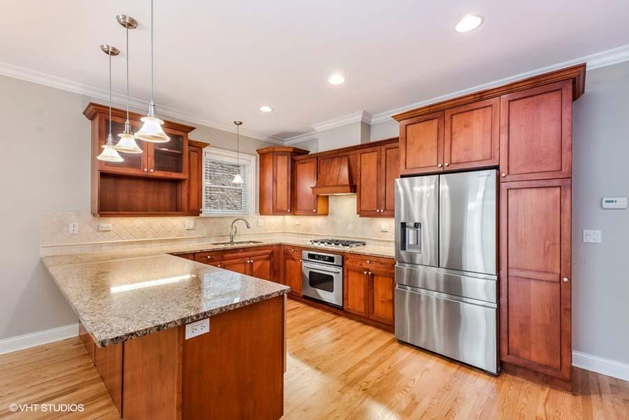 Uptown - 4853 North Winthrop Avenue Unit 1N, Chicago, IL 60640 - Kitchen