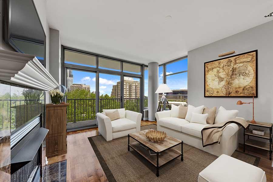 South Loop - 1600 South Prairie Avenue Unit 703 Chicago IL 60616 - Living Room